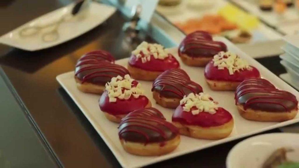 EMIRATES Airlines Valentine Video 2015