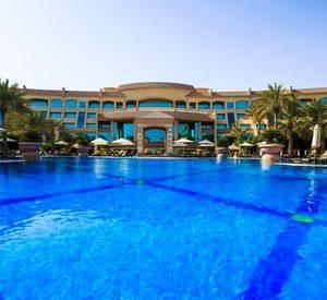 Abu Dhabi: 5* Getaway with Theme Park Tickets