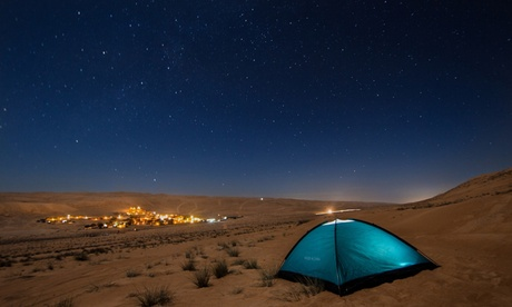 Al Aweer: Desert Safari with Dinner and Optional Camp Stay