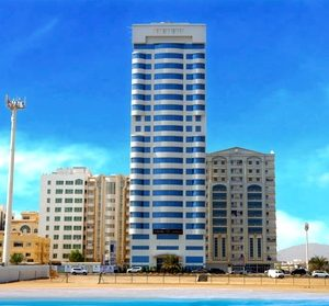 Fujairah: Up to 2-Night 4* Stay with Breakfast