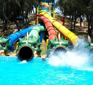 Umm Al-Quwain: Up to 2 Nights with Aquapark Tickets
