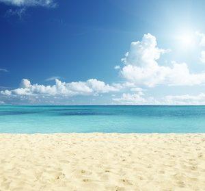 Abu Dhabi: 5* Stay with Yas Beach Access